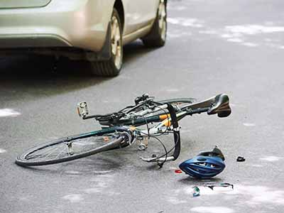 Bicycle and car accident because of Drunk driving